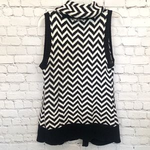 Chico's Sweaters - Chico's chevron black and white knit vest